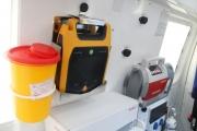 vybaveni-novych-sanitek-zahrnuje-i-automaticke-defibrilatory