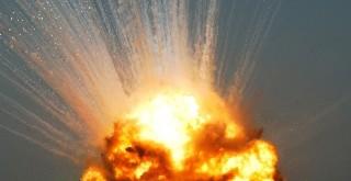 usaf_b1_explosion