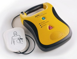 l_ddu-100_lifeline_aed_with_pads